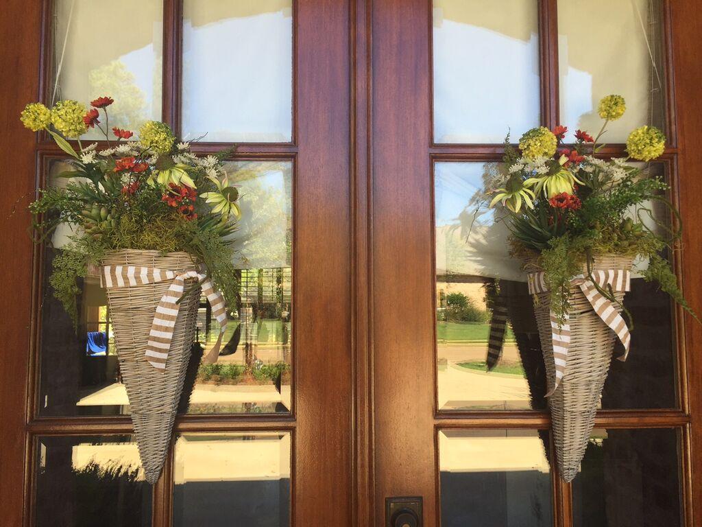 Both arrangements on doors & Fall Door Arrangement Tutorial - Gina Diamond\u0027s Flower Co.